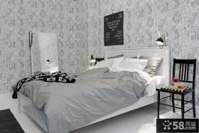 2013现代风格小户型灰色系次卧室灰白色壁纸装修效果图欣赏