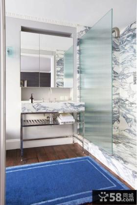 现代简约复式卫生间设计