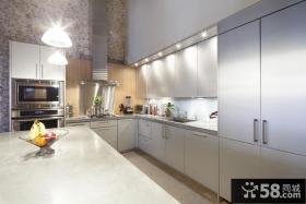现代简约长厨房不锈钢橱柜效果图