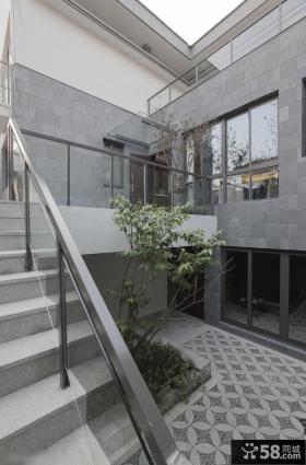 农村别墅室外楼梯装修效果图