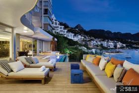 2013现代风格别墅室外阳台休闲区椅子木地板装修效果图片