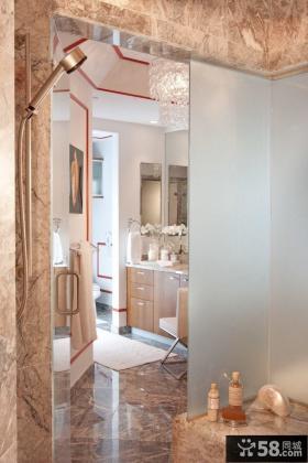 别墅仿古风格玻璃浴室门装修效果图