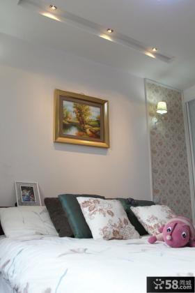简约风格卧室床头装饰画效果图欣赏