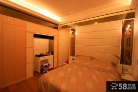 现代别墅卧室装饰设计图片