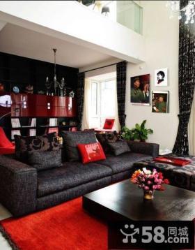 别墅挑高客厅沙发茶几图片