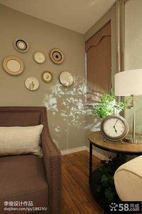 现代美式客厅沙发盘子背景墙设计