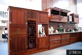 中式家庭实木橱柜效果图