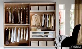 简单衣柜格局图片
