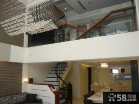 现代别墅室内楼梯装饰设计图片欣赏