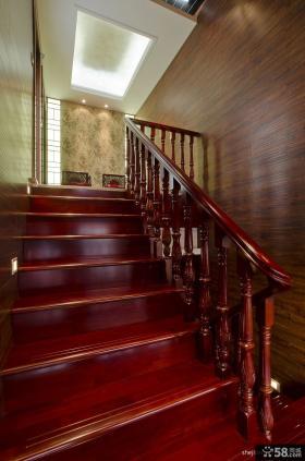 别墅室内高档木质楼梯装修效果图