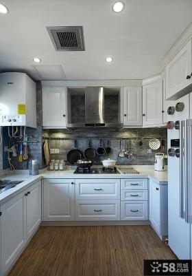 美式风格复式厨房设计装修效果图片
