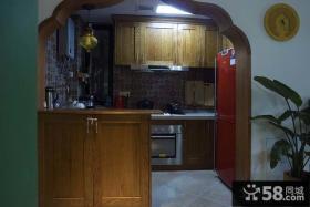 东南亚风格隔断式厨房设计