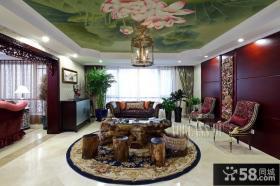 中西混搭别墅客厅手绘吊顶装修效果图
