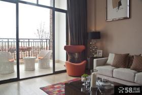 现代简约家居客厅阳台玻璃门装修