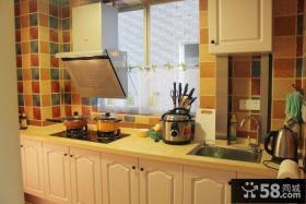 田园风格设计厨房室内装饰图片