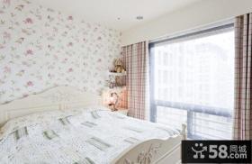 小户型卧室墙纸装修效果图欣赏