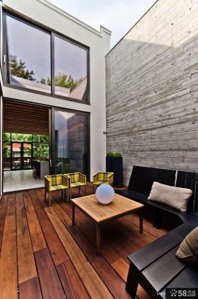 2013现代风格封闭阳台装修效果图