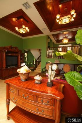 美式风格复式楼客厅吊顶效果图