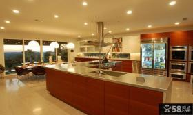 独栋别墅图片 红色厨房装修效果图