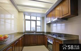 阳光厨房U型橱柜效果图片