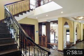 乡村别墅室内楼梯设计
