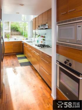 橡木橱柜厨房装潢设计