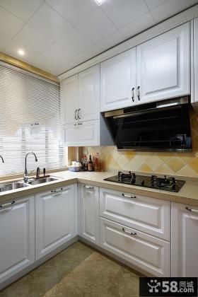 现代家装设计厨房图片欣赏