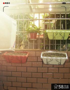 阳台铁艺防盗窗图片