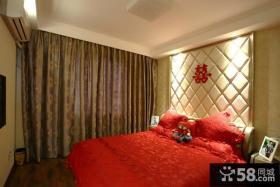 婚房卧室床头软包背景墙
