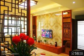 新中式客厅电视机背景墙装修效果图