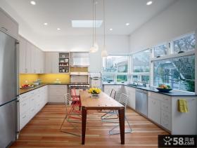 阳台改厨房装修效果图欣赏