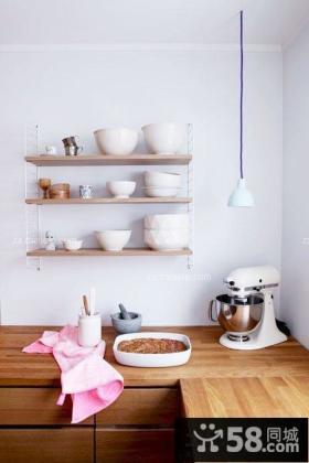 实木风格阳台改厨房装修效果图