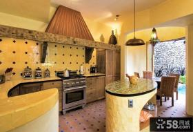 美式新古典风格厨房整体橱柜装修效果图