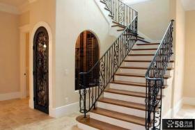 别墅铁艺楼梯栏杆图片欣赏