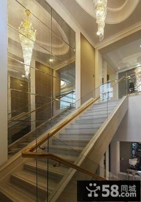 别墅楼梯墙面设计