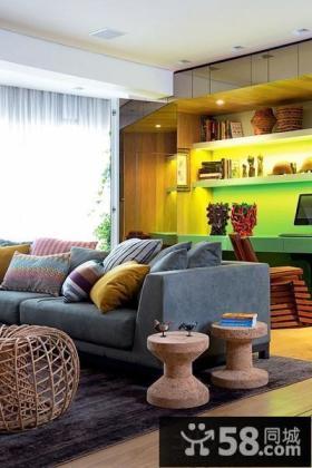 现代复式客厅效果图