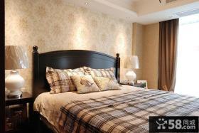 时尚美式卧室高档墙纸效果图