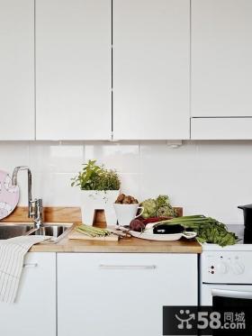 小清新白色厨房橱柜效果图