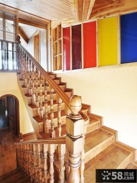 复式楼实木楼梯扶手效果图