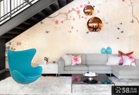 复式楼客厅沙发背景墙画图片