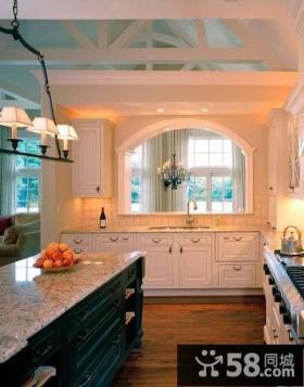 欧式厨房开放式装修设计图片