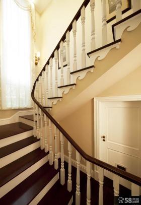 豪华古典美式楼梯装潢