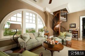 别墅客厅旋转楼梯图片欣赏