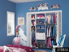 儿童卧室小衣帽间