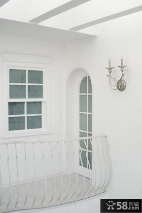 地中海风格复式楼封闭式阳台装修效果图