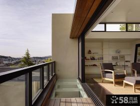 露天狭长家庭阳台设计