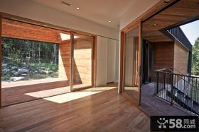 小阳台隔断门设计