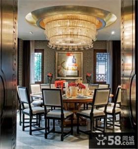 豪华的别墅餐厅吊灯装修效果图