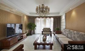 美式风格客厅吊顶图