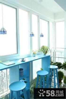 阳台蓝色吧台椅图片